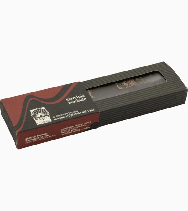 Barra di torrone morbido gianduia ricoperto di cioccolato