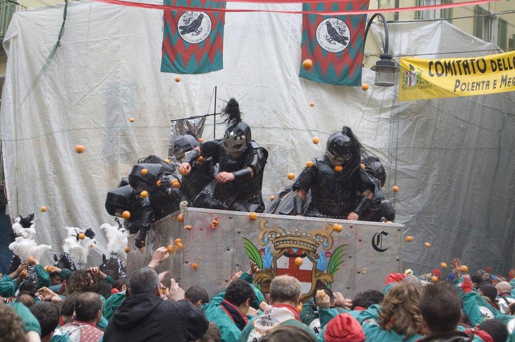 Battaglia delle Arance 2007 - CC by - Giò-S.p.o.t.s.